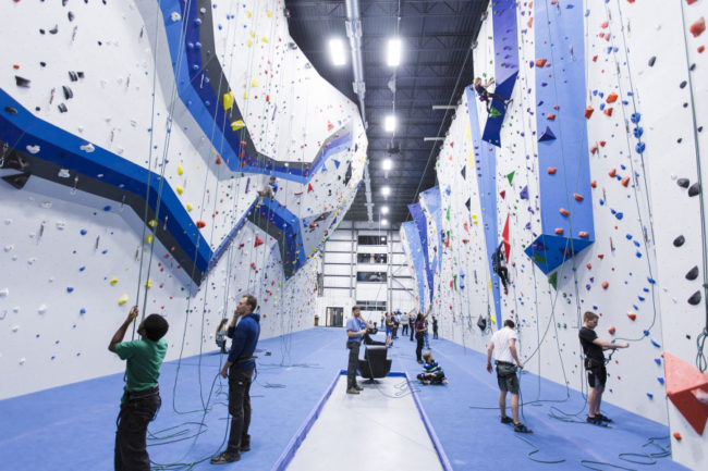 Interior design trends in climbing: high contrast at Central Rock Randolph