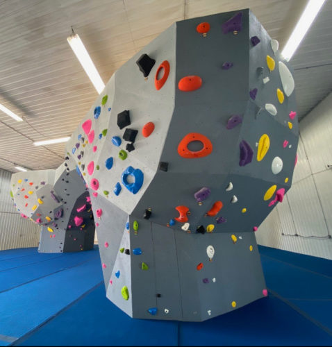 New bouldering walls and flooring at Inside Moves