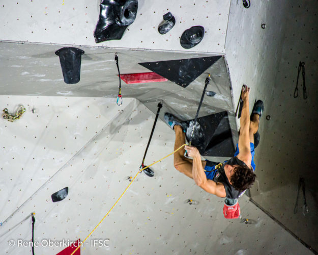 Nathaniel Coleman climbing at IFSC Combined Qualifier Toulouse 2020