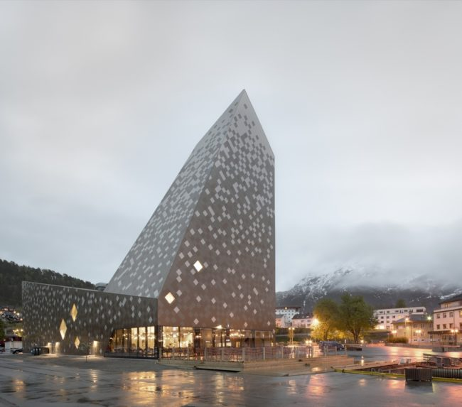 The new Norwegian Mountaineering Center.  Photo: Arch Daily.