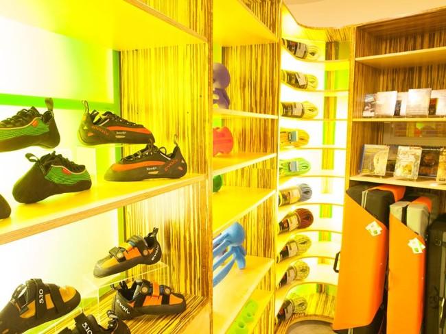 Climb So Ill retail.  Photo: Climb So Ill